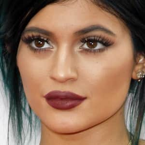 Kylie Jenner Revolts Instagram with Her Challenge